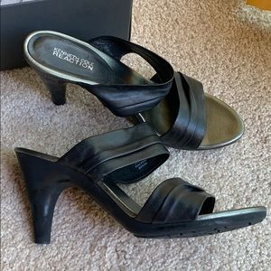 Kenneth Cole Reaction heels black 9 shoes